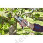 Az egykezes biztonsági zárral az olló egy kézzel könnyedén összezárható és kényelmesen tárolható.